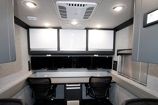 LDV Vehicle interior with E-Plex