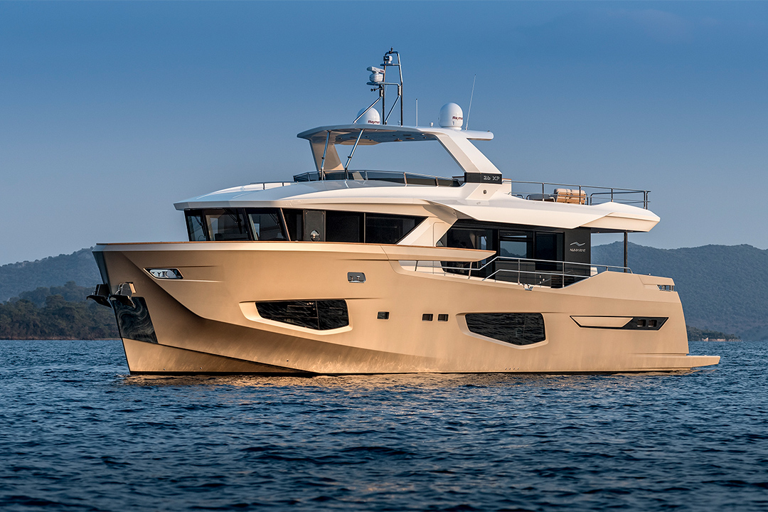 E-Plex Digital Switching on Numarine Explorer Yacht
